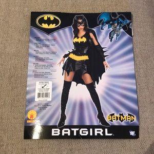 NWT DC Batgirl Costume